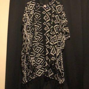 Other - Kimono black and white